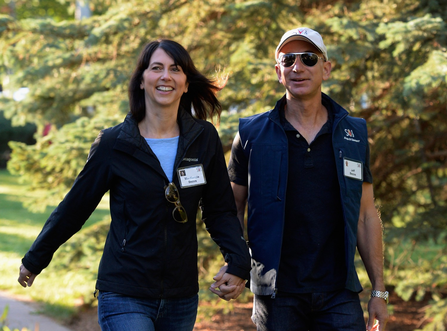 jeff and mackenzie bezos photo